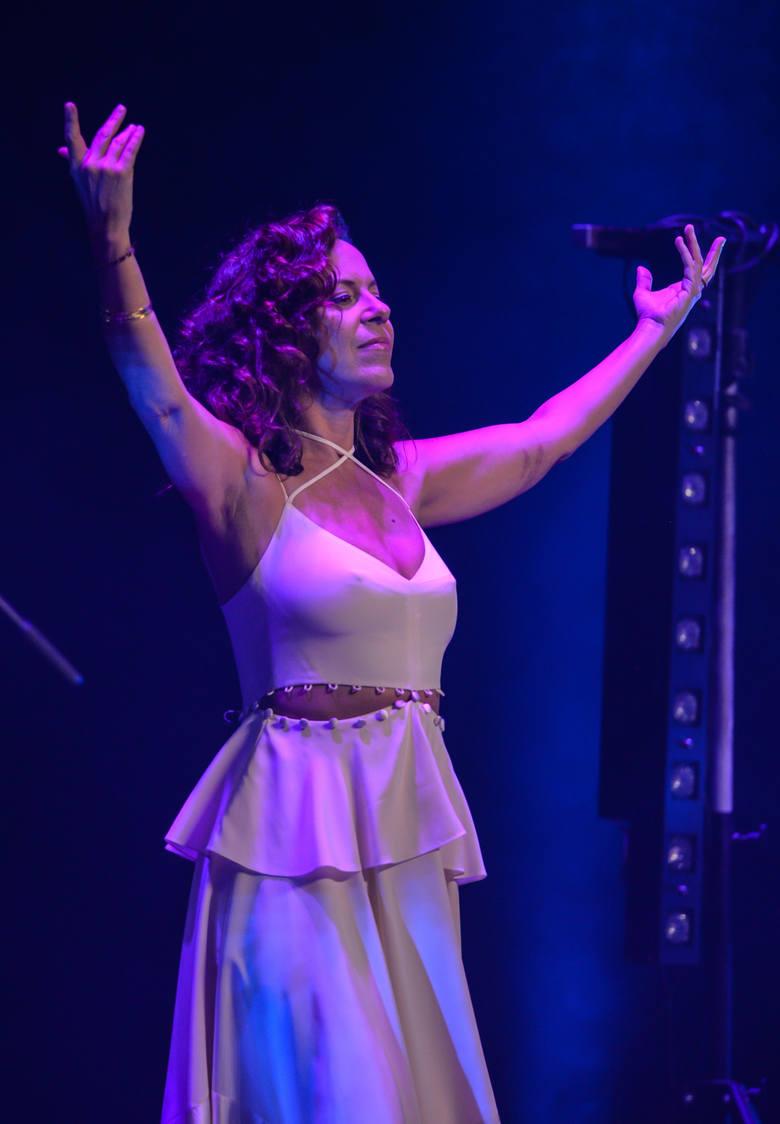 Bebel Gilberto, jedna z największych brazylijskich gwiazd XXI w., zaśpiewała w Gdyni podczas Ladies' Jazz Festival 2017