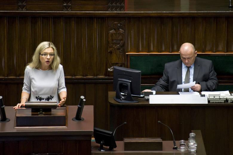 Sejmowa komisja zajmie się Amber Gold [wideo]