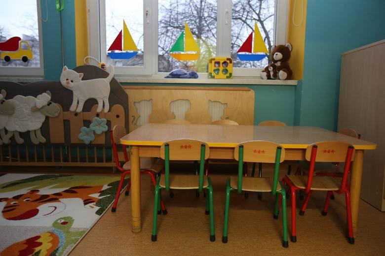 Koronawirus w Polsce. Żłobki i przedszkola zamknięte do Wielkanocy. Czy rodzice powinni płacić pełne czesne?