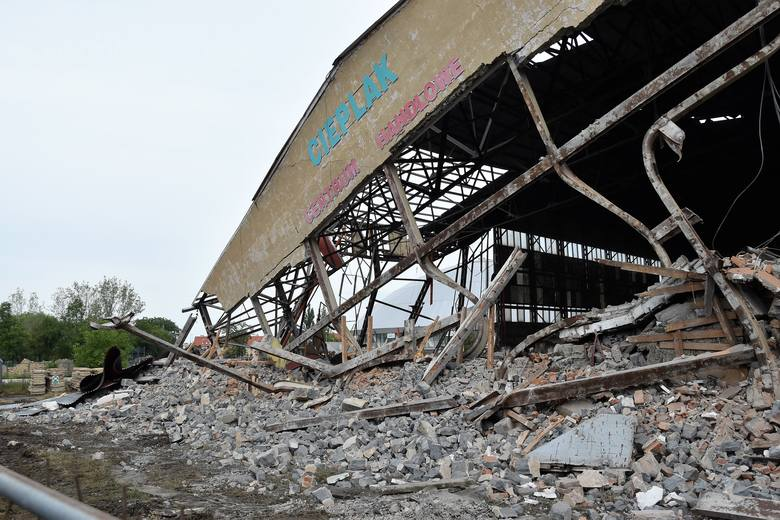Rozbiórka hali Cieplak w Opolu