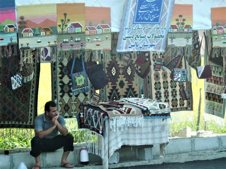 Do wyboru, do koloru, czyli perskie dywany. Szkoda, że nie latające...
