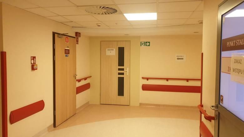 Wnętrze nowe oddziału zakaźnego szpitala w Koźlu