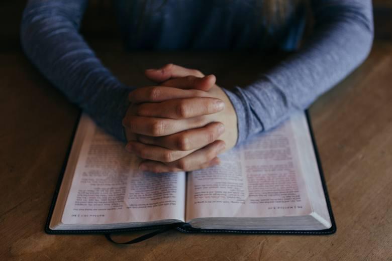 Są takie grzechy, o których nie mieliście pojęcia. Czy na pewno wiecie, z czego należy się wyspowiadać? Za jakie przewinienia nie otrzymacie rozgrzeszenia?