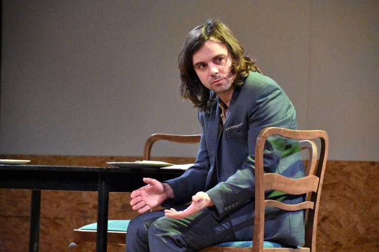 """""""Revolutionary Road"""" w adaptacji i reżyserii Cezarego Ibera – premiera w Lubuskim Teatrze w Zielonej Górze 13 marca 2021 roku"""
