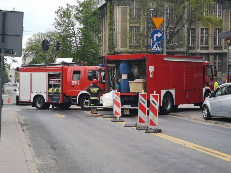 Dwie kobiety zostały poszkodowane w wypadku, do którego doszło wczoraj chwilę przed godzina 13. na skrzyżowaniu alei Kościuszki z ulicą Zamenhofa. Na