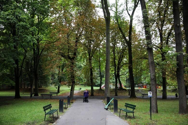 Zamieszanie wokół remontu parku Bednarskiego. Mieszkańcy mówią o dyskredytacji i współczesnej cenzurze