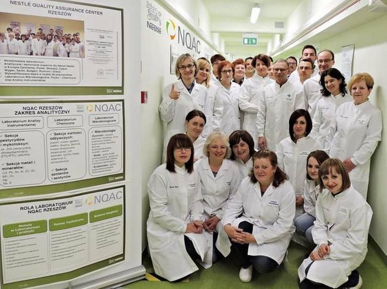 Centrum badawcze Nestlé rozwija się w RzeszowieJedno z takich najnowocześniejszych w Europie centrów badawczych działa w Rzeszowie. Należy ono do Nestlé