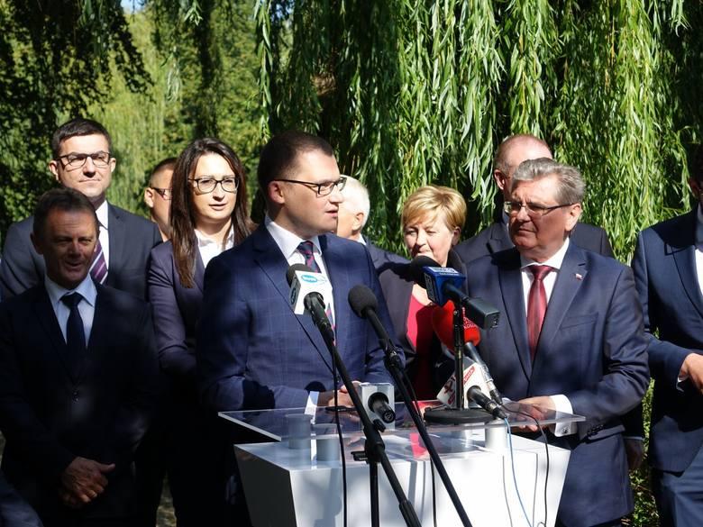 - Polityka to gra zespołowa i my wystawiamy dziś najlepszy zespół, jaki Prawo i Sprawiedliwość może wystawić w okręgu koszalińskim. Ponieważ mam jasny