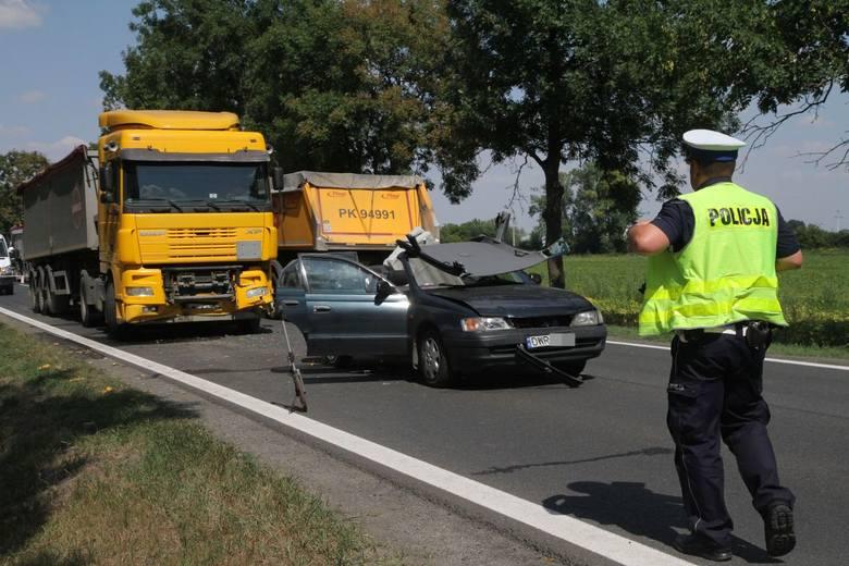 Wypadek pomiędzy Magnicami a Kobierzycami na drodze krajowej nr 8 Wrocław - Kłodzko - 21.08.2015