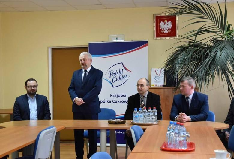 19 marca KSC przedstawiła swoje plany inwestycyjne. W spotkaniu brał udział Krzysztof Gołaszewski, burmistrz Łap (z prawej)  i Roman Czepe, wicestarosta