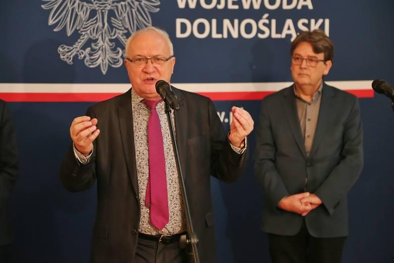 Koronawirus we Wrocławiu. Dolnoślązacy masowo zgłaszają się na badania. Prof. Szenborn: Nie zrobimy testów każdemu!