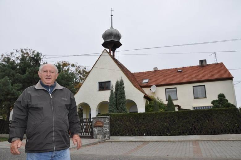 - Nasza kaplica świętuje jubileusz 80-lecia - mówi Helmut Neugebauer, który przez 35 lat był kuratorem lasowickiej parafii.