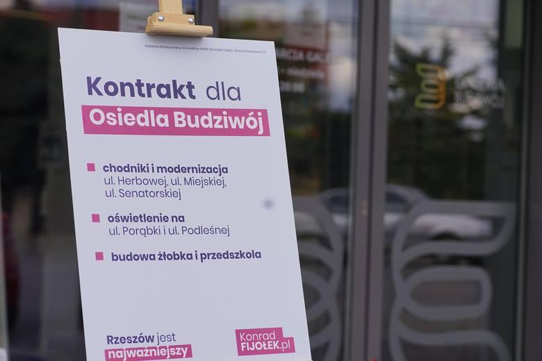 Konrad Fijołek przedstawił i podpisał kontrakt dla osiedla Budziwój. Obiecuje w nim m. in. przebudowę kilku dróg oraz budowę żłobka