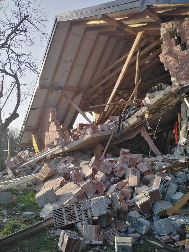 Domu rodziny Juszczyków w Żydowie nie sposób uratować. Nadzór budowlany nakazał rozbiórkę całego obiektu