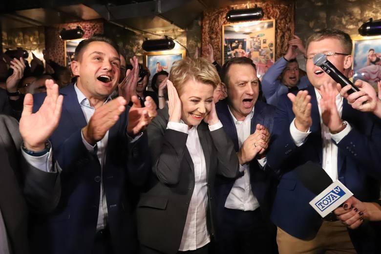 Radość ze zwycięstwa  w Łodzi i stylu w jakim do niego doszło w PO będzie wspominana przez lata. Utrata sejmiku raczej nie.