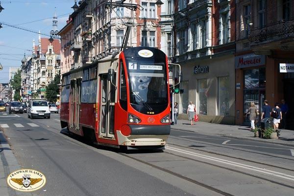 Ponad 7 lat temu prezydent Gliwic podjął decyzję o likwidacji tramwajów w Gliwicach. 31 sierpnia 2009 roku na gliwickie tory wyjechał ostatni tramwaj.