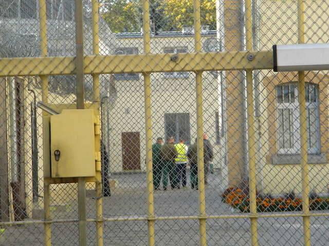 Barcinianin ścigany trzema listami gończymi trafił do zakładu karnego