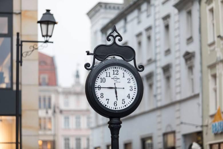 Zmiana czasu 2019. Kiedy należy przestawić zegarki?