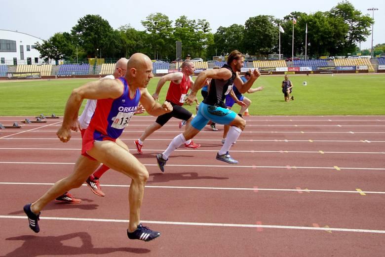 Wiele znakomitych wyników odnotowano na toruńskim stadionie miejskim podczas kolejnej edycji mistrzostw Polski masters i lekarzy w wielobojach lekkoatletycznych.