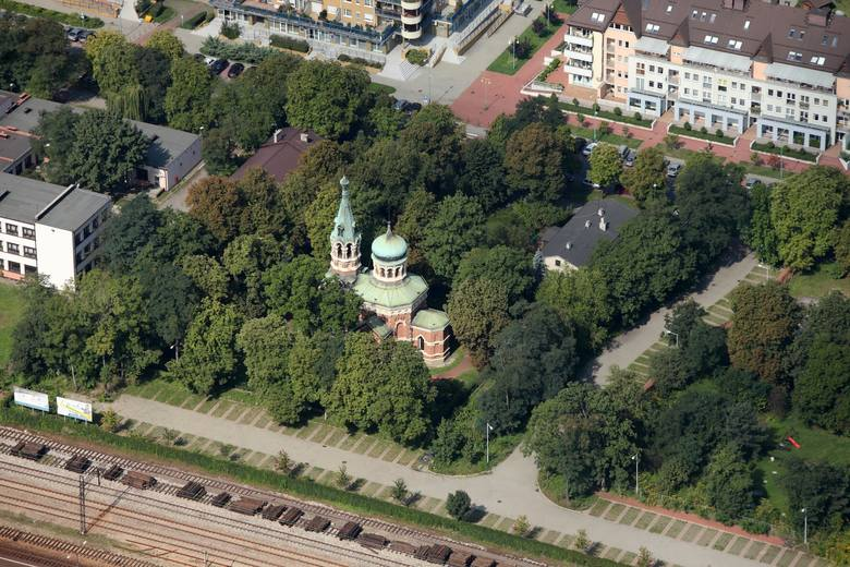 Prawosławna świątynia pw. śww. Wiery, Nadziei i Luby oraz ich matki Zofii to jedyna pozostała z trzech istniejących niegdyś na terenie dzisiejszego Sosnowca cerkwi prawosławnych.