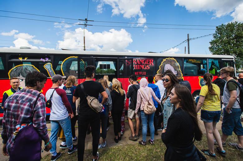 Finn Wolfhard i Caleb McLaughlin w Gdyni na festiwalu Open'er 2019.