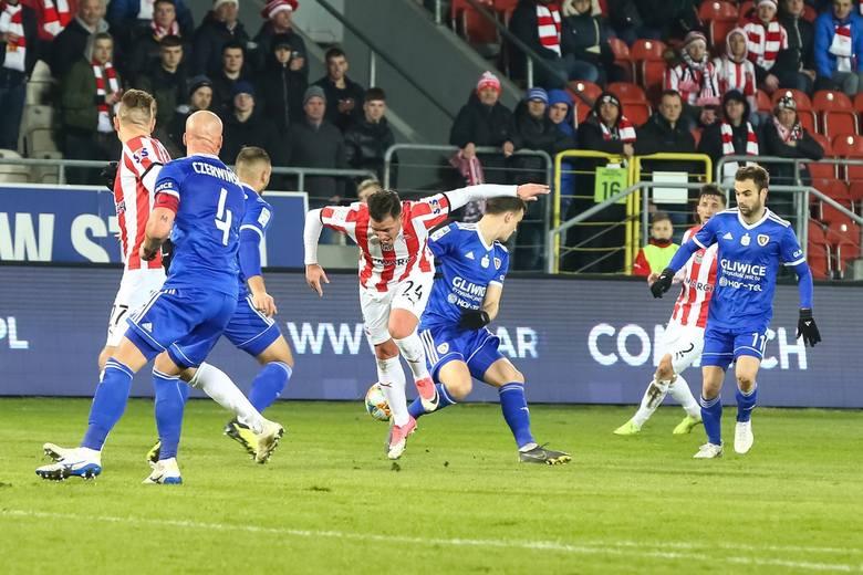 Najgorszy mecz: Piast Gliwice - Cracovia 3:1To była pełna dominacja gliwiczan. Było już 3:0, a w dodatku Hateley nie strzelił karnego. Goście odpowiedzieli