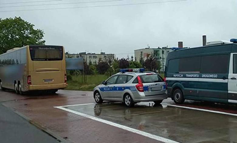 Inspektorzy ITD w czwartek, 9 maja, na drodze w Wilkowie koło Świebodzina zatrzymali do kontroli  autobus należący do polskiego przewoźnika. Jechała