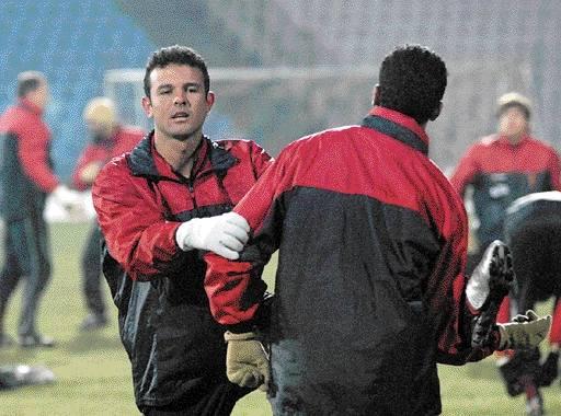 Wczoraj piłkarze Pogoni odbyli ostatni trening przed pojedynkiem z Amiką Wronki. Na pierwszym planie Fabio Costa.