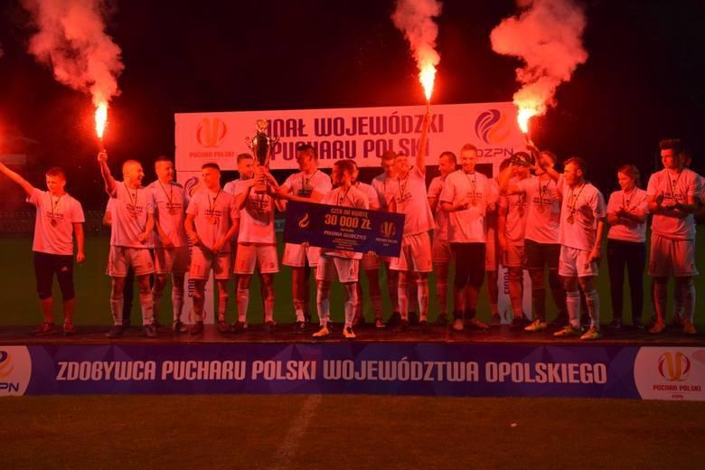 Rozgrywki Regionalnego Pucharu Polski w sezonie 2017/18 dobiegły końca. Poznaliśmy wszystkich triumfatorów - nie obyło się bez niespodzianek i zaskakujących