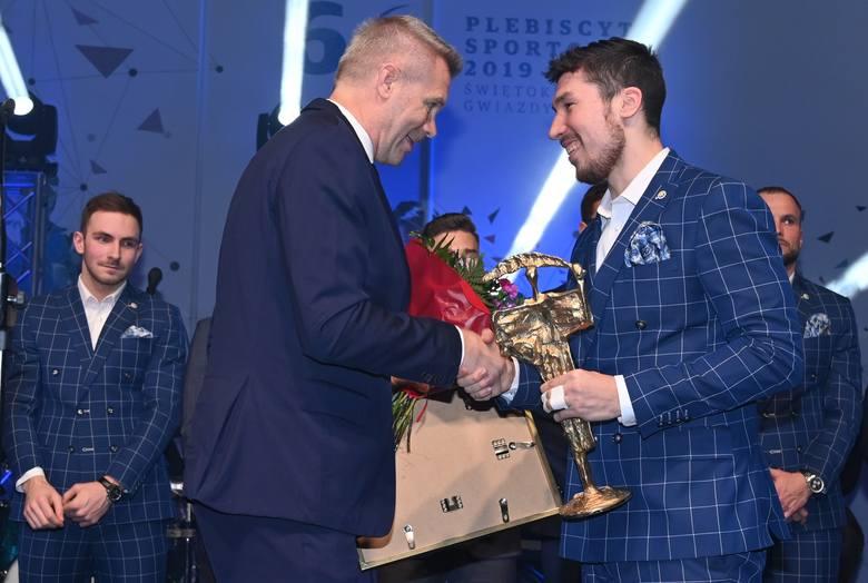 Za nami 68. Plebiscyt Sportowy. Oto laureaci! Po raz pierwszy w historii wygrali tata i syn - Talant i Alex Dujszebajew z PGE VIVE [ZDJĘCIA]