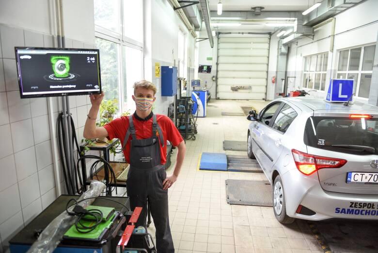 Projekt nowej ustawy regulującej sposób przeprowadzania badań technicznych pojazdów po konsultacjach i zgłoszonych uwagach między innymi Polskiej Izby