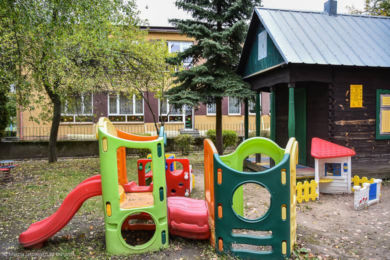 Oprócz rozbudowy przedszkola przy ul. Świętokrzyskiej 4 wykonawca zostanie zobowiązany również do zagospodarowania terenu. Planowana rozbudowa zostanie