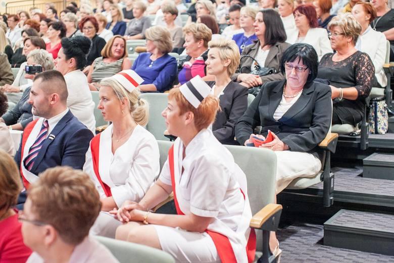 25 lecie Samorządu Pielęgniarek i Położnychjubileusz samorządu pielęgniarek w Operze Nova