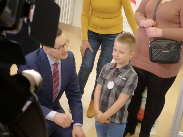 Rafał KluczniokW wieku 6 lat uratował nieprzytomną mamę.W styczniu 2020 roku polskie media obiegło niezwykłe nagranie - słychać na nim, jak sześcioletni