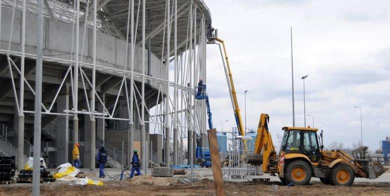 Oficjalnie Motoarenę otwarto 3 maja 2009 roku tuż przed meczem ekstraklasy Unibax Toruń - Unia Leszno (torunianie wygrali 48:42). Stadion budowała inowrocławska