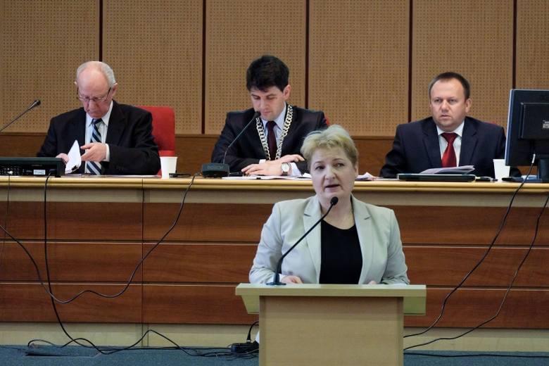 Budżet na 2015 rok5 mln zł na podwyżki dla pracowników administracji i obsługi  placówek oświatowych i  edukacyjnej opieki wychowawczej : Pieniądze na