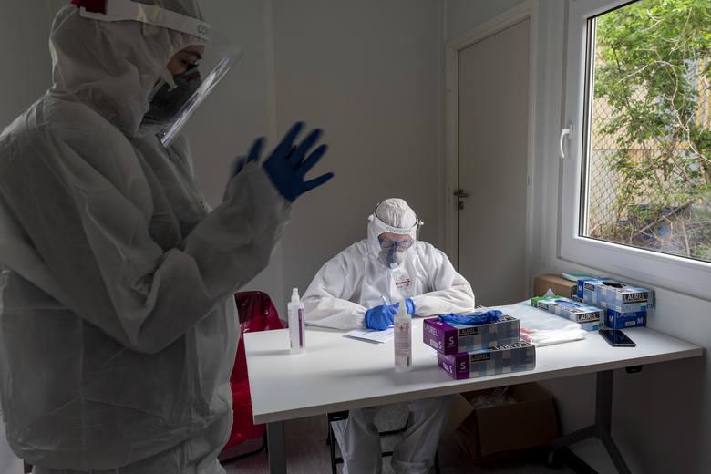 Wieliczka zapłaci za testy na koronawirusa dla mieszkańców. Ruszyły badania