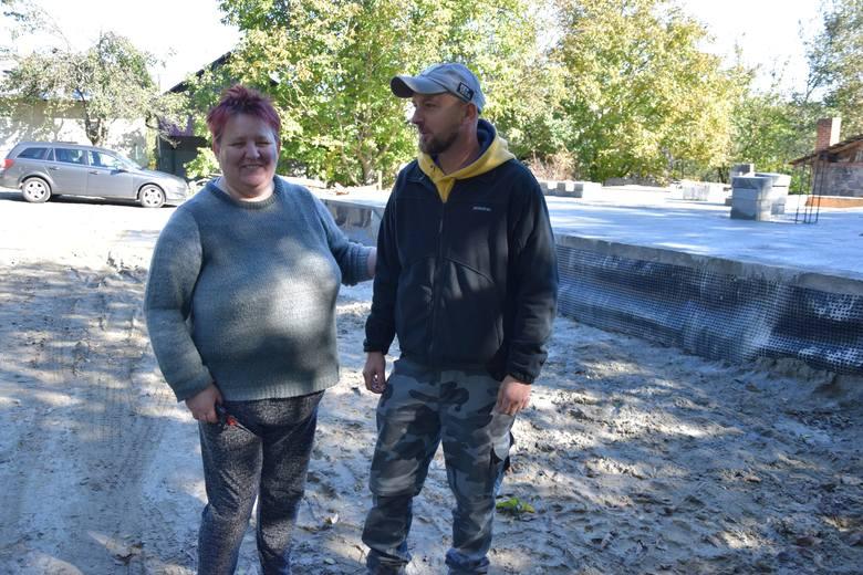 Dzięki akcji pomocy rozkręconej przez Marcina Górala, niepełnosprawny Kamil Kielar i jego mama Krystyna wkrótce zamieszkają w nowym domu.