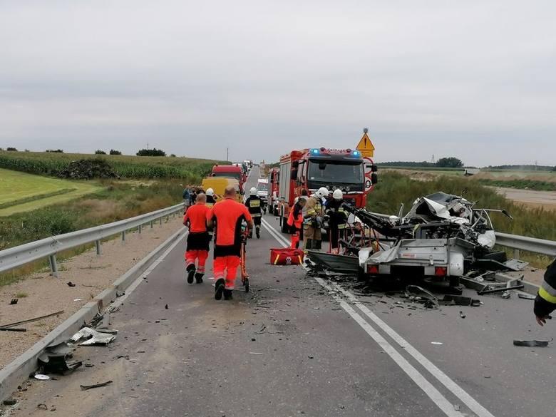 Wypadek śmiertelny na DK 61 w m. Łubiane. Jedna osoba nie żyje