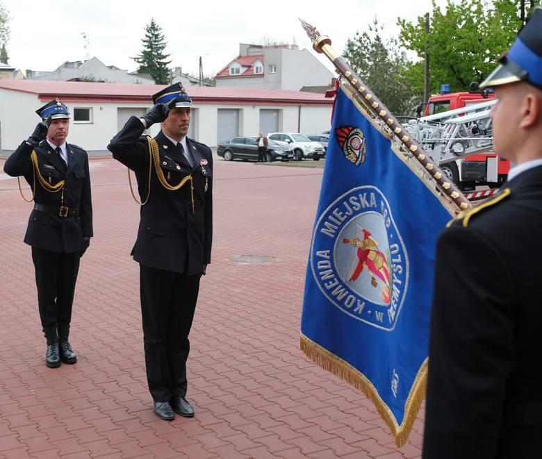 W piątek odbył się Dzień Strażaka w Komendzie Miejskiej PSP w Przemyślu. Była to okazja do wyróżnień i odznaczeń dla strażaków.