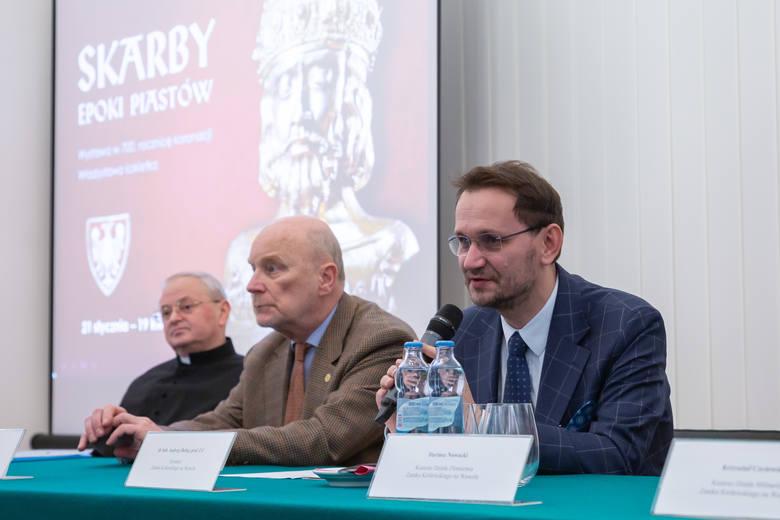 Kraków. Złoto, klejnoty i kość słoniowa. Wawel odkrywa skarby Piastów [ZDJĘCIA]