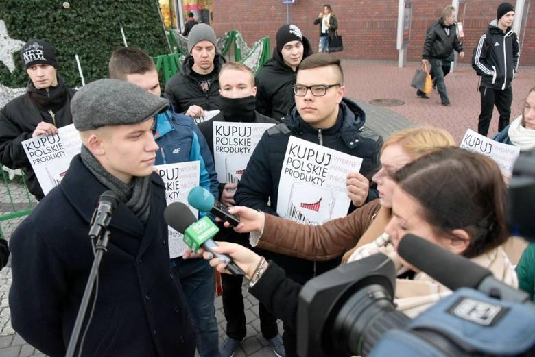 Kupuj polskie produkty. Ruszyła kampania Młodzieży Wszechpolskiej