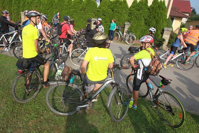 Dziś rano z Rzeszowa wyruszyła rowerowa pielgrzymka do Częstochowy. Pielgrzymi mają do pokonania 300 km.