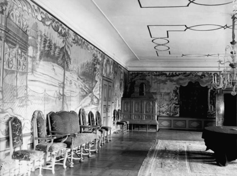 Wnętrze pałacu. Zdjęcie Narodowego Archiwum Cyfrowego