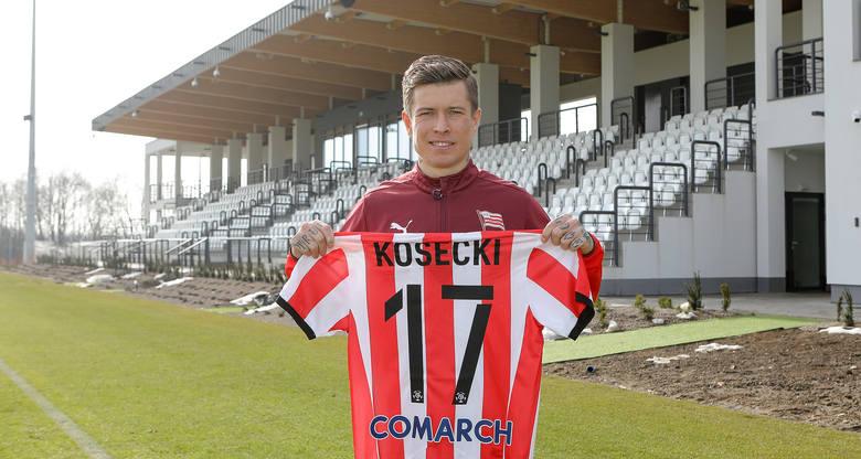 Przyszedł do Cracovii w lutym 2021, pomocnik. Poprzedni klub: Adana Demirspor.