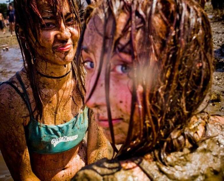 Przystanek Woodstock 2016: Zabawy w błocie