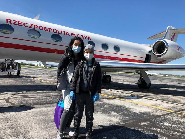 O godz. 18 czasu polskiego samolot z Mateuszem i jego rodzicami wylądował na lotnisku w Ohio.