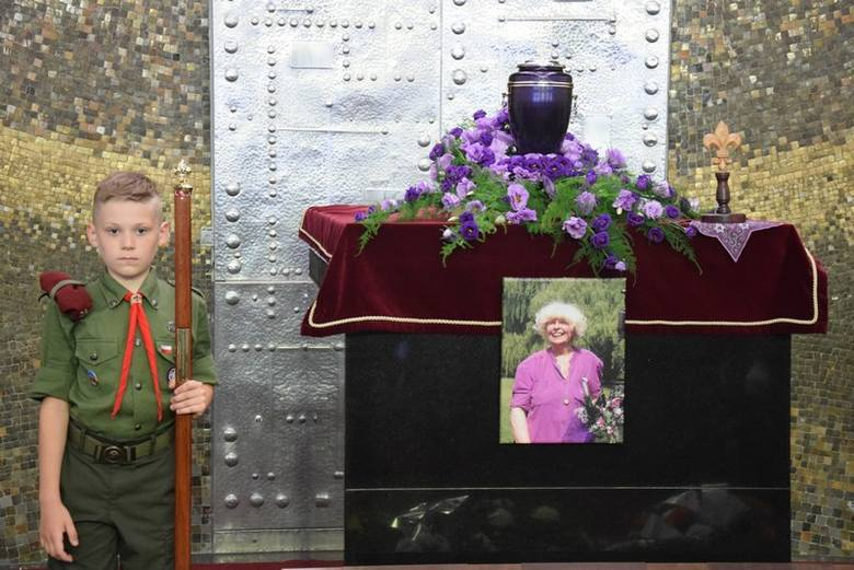 Pogrzeb Barbary Wachowicz, przyjaciółki Żeromszczyzny [ZDJĘCIA]
