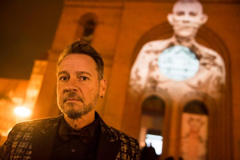 Drugim wydarzeniem towarzyszącym festiwalowi Camerimage, które odbywało się w Toruniu było otwarcie wystawy Sandro Millera.