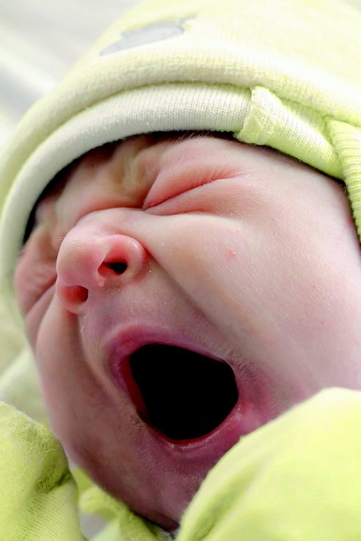 <strong>Dlaczego tak ważne jest, by zadbać o właściwy sen dziecka?</strong><br /> Sen to jedna z kluczowych potrzeb życiowych człowieka - to jasne. Wpływa na odporność. Sen, zwłaszcza jego osławiona faza Rem, podczas której pojawiają się marzenia senne, to czas, gdy rośnie i rozwija się mózg. Właśnie...
